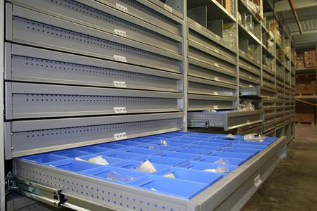 R3000 Storage Shelving