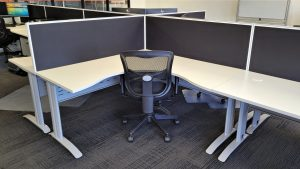 Span Corner Worker Desk with DAM Chair