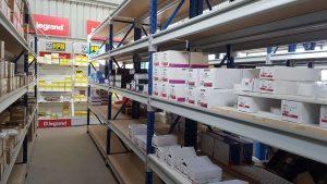 Longspan shelving with 5 shelves