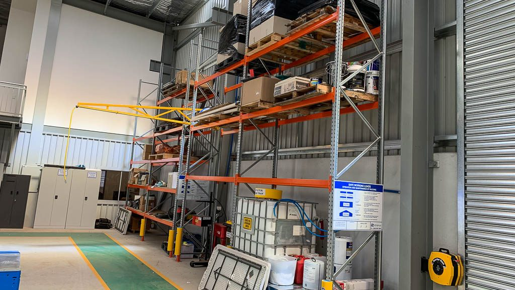 Automotive Service & Parts_Rated Pallet Racking