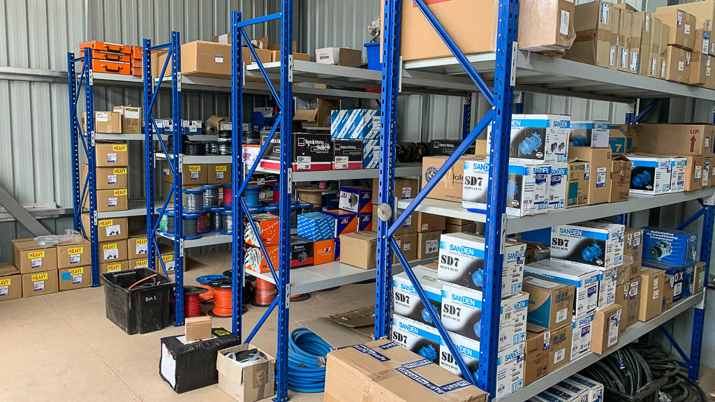 Longspan-Shelving-at-Automotive-Service-Parts-Warehouse