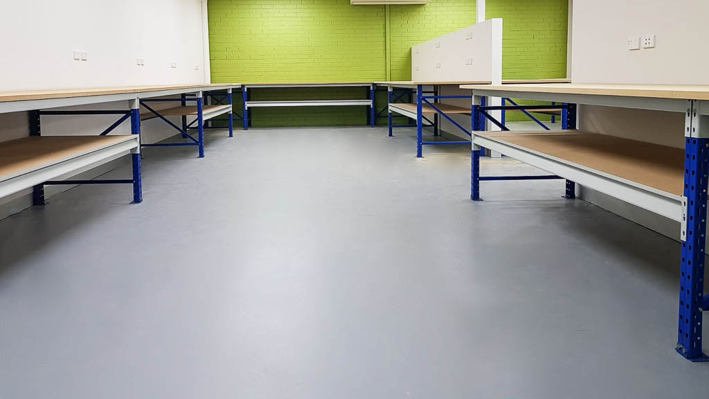 Longspan Workbenches for Repairs
